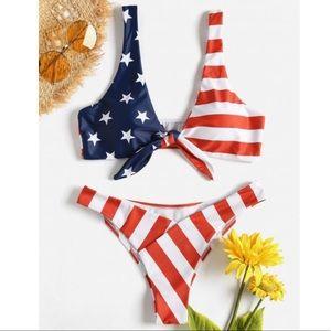 ✨3/$30✨ Zaful Knot American Flag Bikini